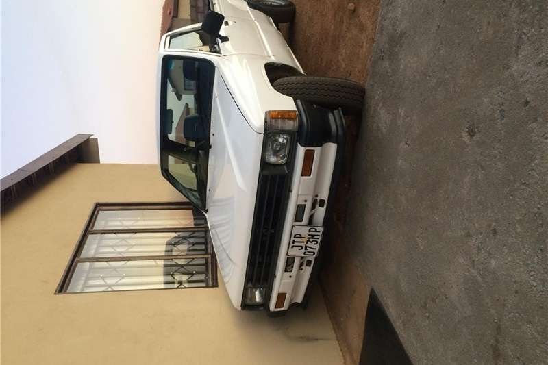 Toyota Hilux 2.0 chassis cab 1983