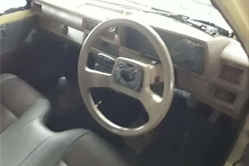 Toyota Hilux 2.4GD 1990