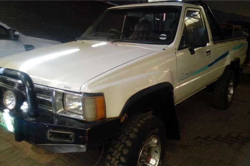 Toyota Hilux 2.4GD 2004