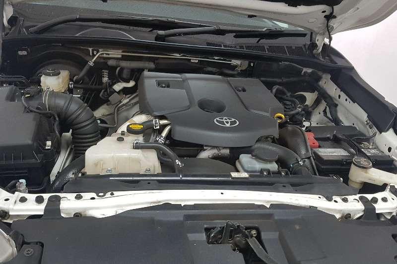Toyota Hilux 2.4GD 6 4x4 SR 2016