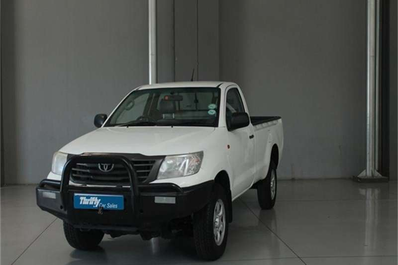 Toyota Hilux 2.4GD-6 4x4 SRX 2016