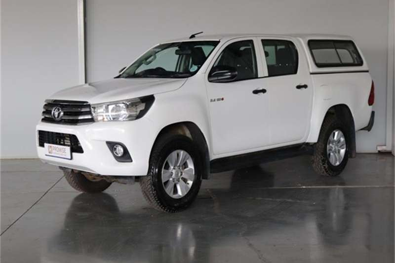 Toyota Hilux 2.4GD 6 double cab 4x4 SR 2018