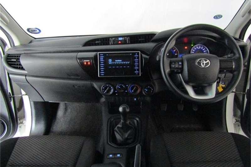 Toyota Hilux 2.4GD 6 double cab 4x4 SRX 2018