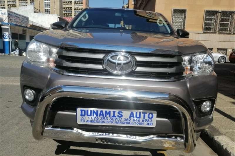 Toyota Hilux 2.4GD 6 double cab SRX 2017