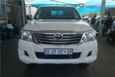 Toyota Hilux 2.5 D4D single cab canopy 2013