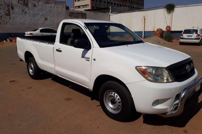Toyota Hilux 2.5D 4D 2011