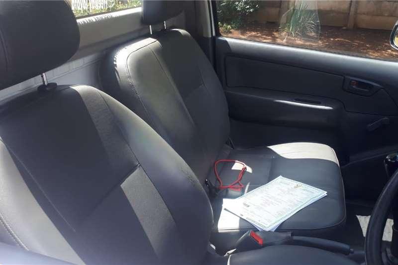 Toyota Hilux 2.5D 4D 2013
