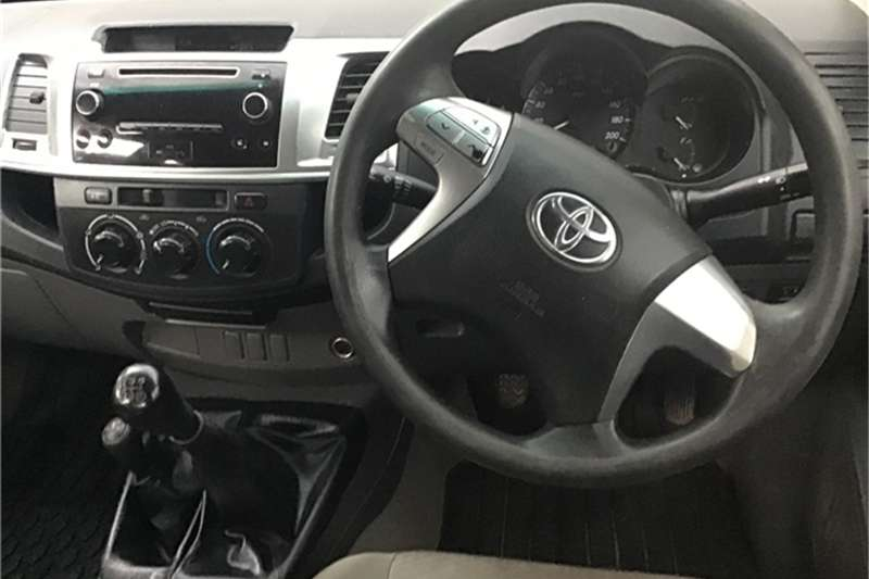Toyota Hilux 2.5D-4D double cab 4x4 SRX 2013
