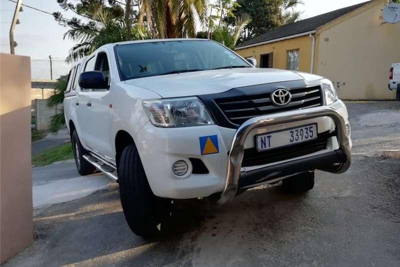 Toyota Hilux 2.5D 4D double cab 4x4 SRX 2013