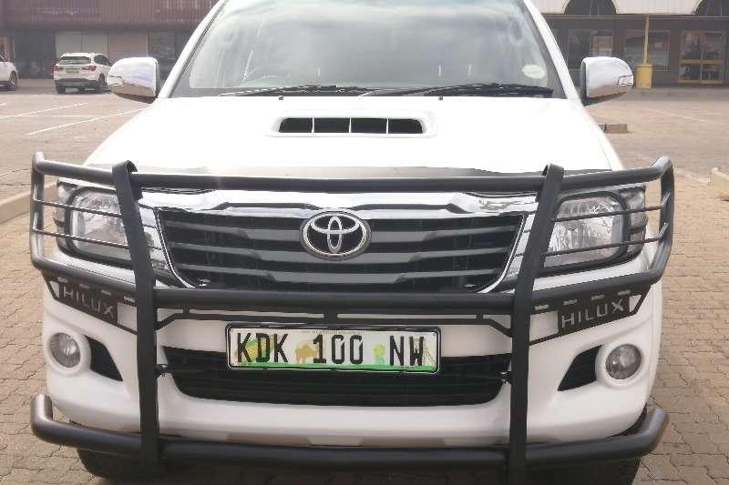 Toyota Hilux 2.5D 4D double cab Raider 2013