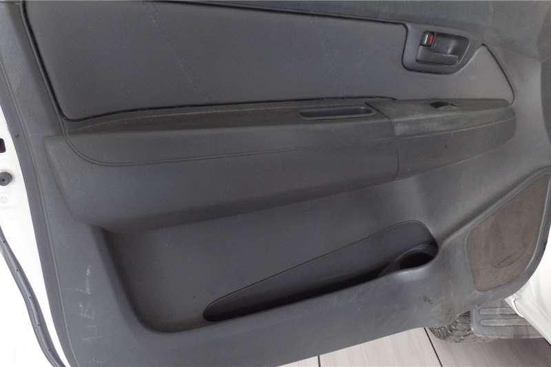 Used 2013 Toyota Hilux 2.5D 4D raised body SRX