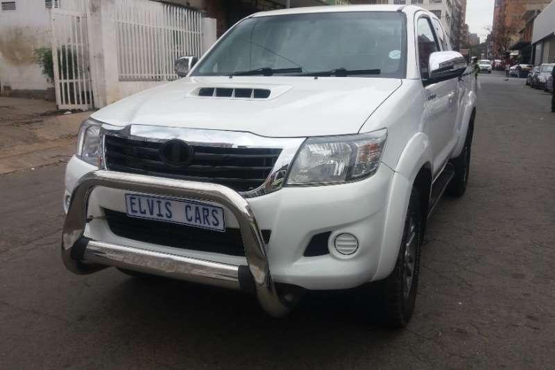 Toyota Hilux 2.5D 4D SRX 2014