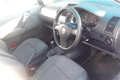 Toyota Hilux 2.5D-4D SRX 2015