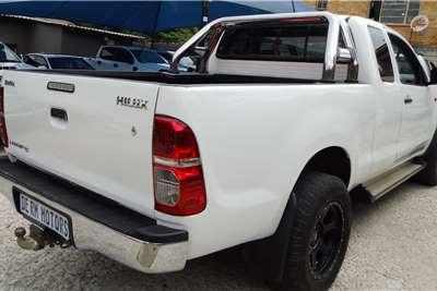 Toyota Hilux 2.5D 4D Xtra cab SRX 2015