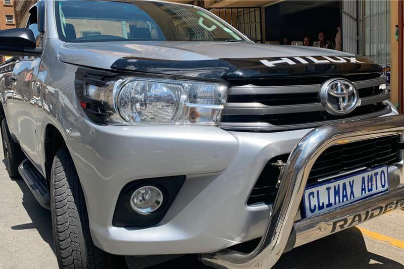 Toyota Hilux 2.7 4x4 SRX 2018