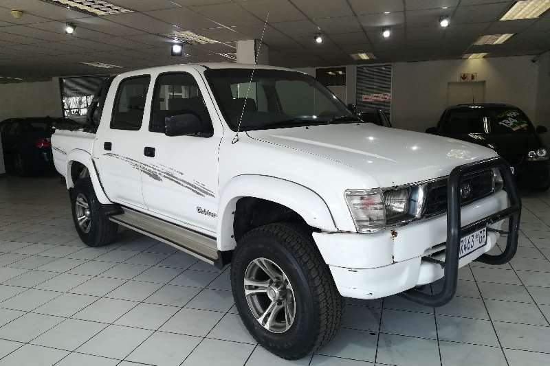 Toyota Hilux 2.7 double cab Raider 2000