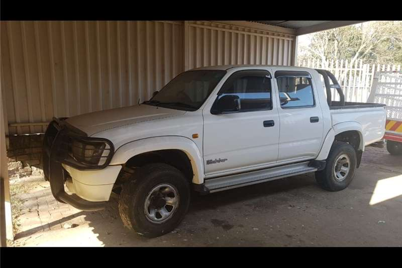 Toyota Hilux 2.7 double cab Raider 2001