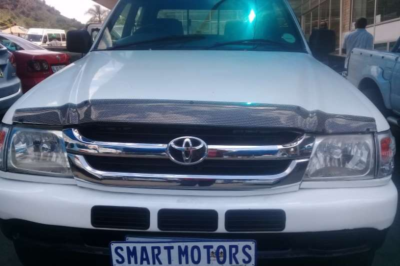 Toyota Hilux 2.7 double cab Raider 2002