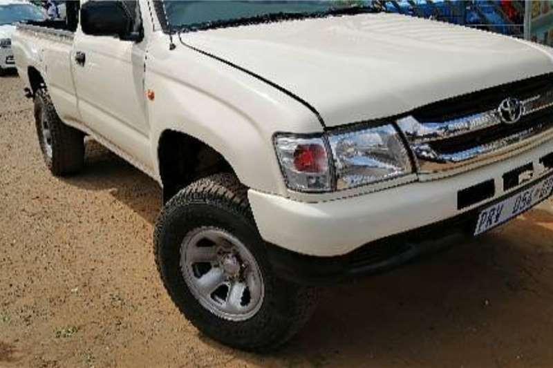 Toyota Hilux 2.7 Raider 2004