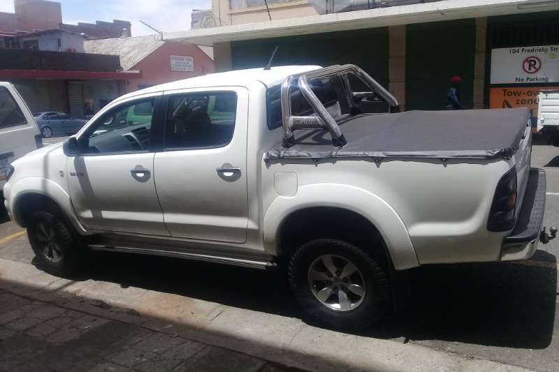 Toyota Hilux 2.8GD 6 double cab 4x4 Raider 2010