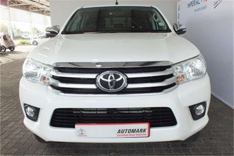 Toyota Hilux 2.8GD-6 double cab Raider auto 2017