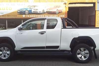 Toyota Hilux 2.8GD 6 Xtra cab 4x4 Raider 2016