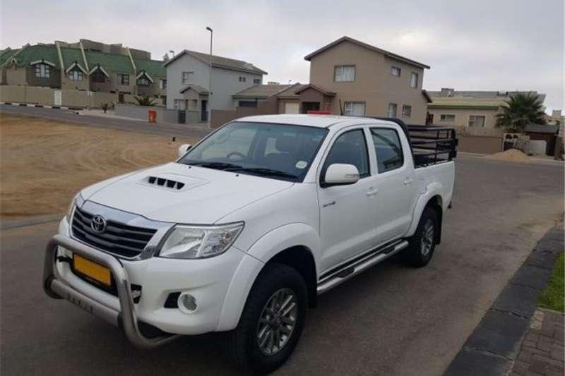 Toyota Hilux 3.0D 4D 4x4 Raider Dakar edition 2013