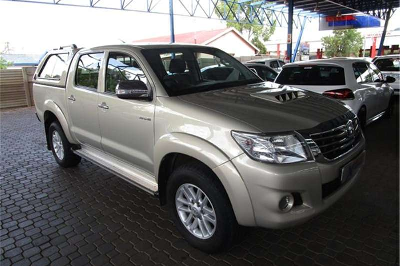 Toyota Hilux 3.0D 4D double cab 4x4 Raider 2012