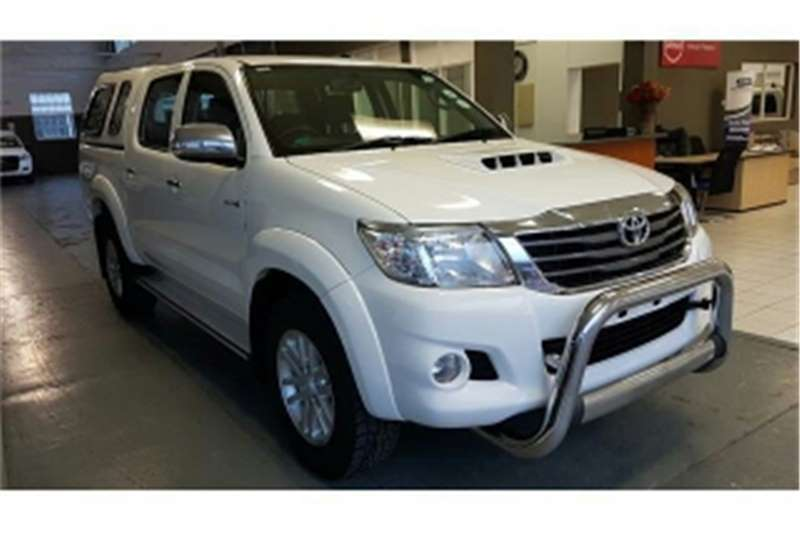 Toyota Hilux 3.0D 4D double cab 4x4 Raider 2013