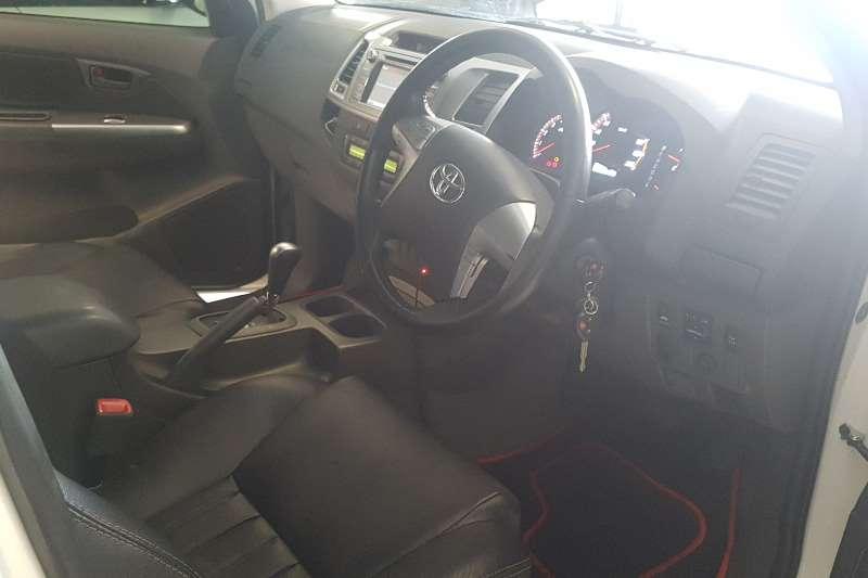 Toyota Hilux 3.0D 4D double cab 4x4 Raider automatic 2014