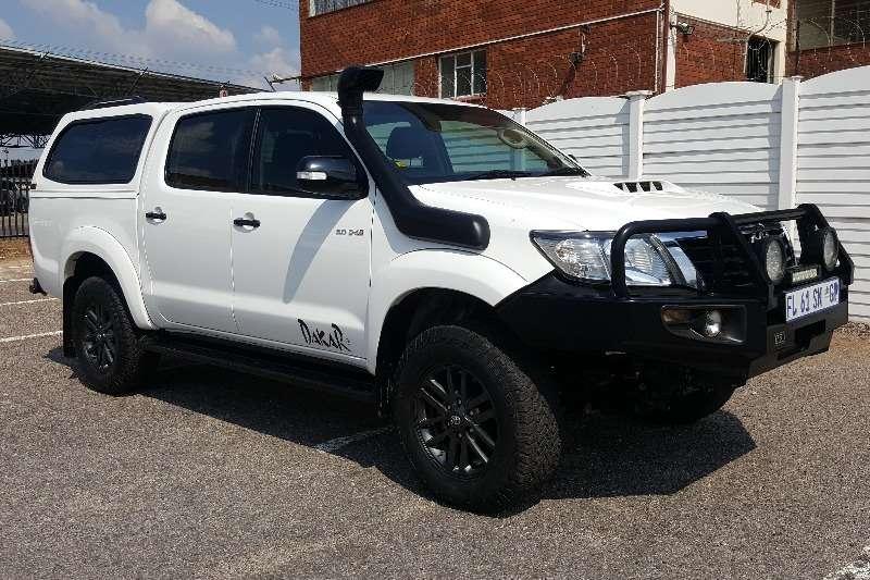 Toyota Hilux 3.0D 4D double cab 4x4 Raider Dakar edition 2015
