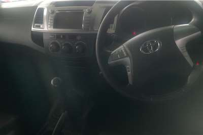 Toyota Hilux 3.0D-4D double cab 4x4 Raider Heritage Editi 2015