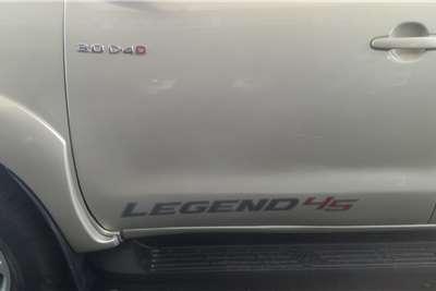Toyota Hilux 3.0D-4D double cab 4x4 Raider Legend 45 2015