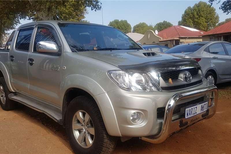Toyota Hilux 3.0D 4D double cab Raider 2009