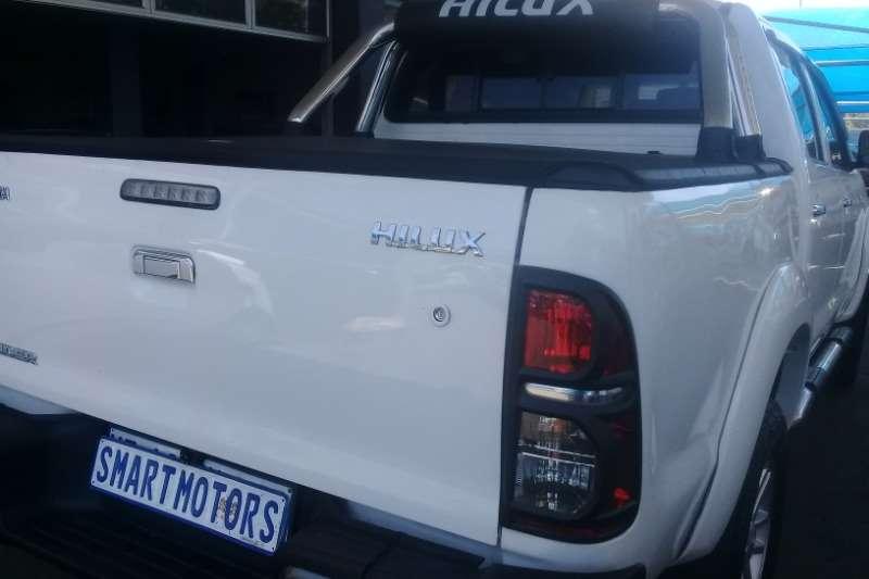 Toyota Hilux 3.0D 4D double cab Raider auto 2013