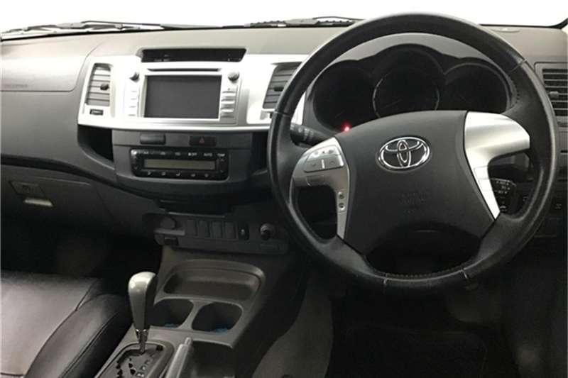 Toyota Hilux 3.0D-4D double cab Raider auto 2013