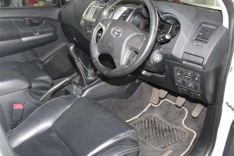 Toyota Hilux 3.0D 4D double cab Raider Legend 45 2016