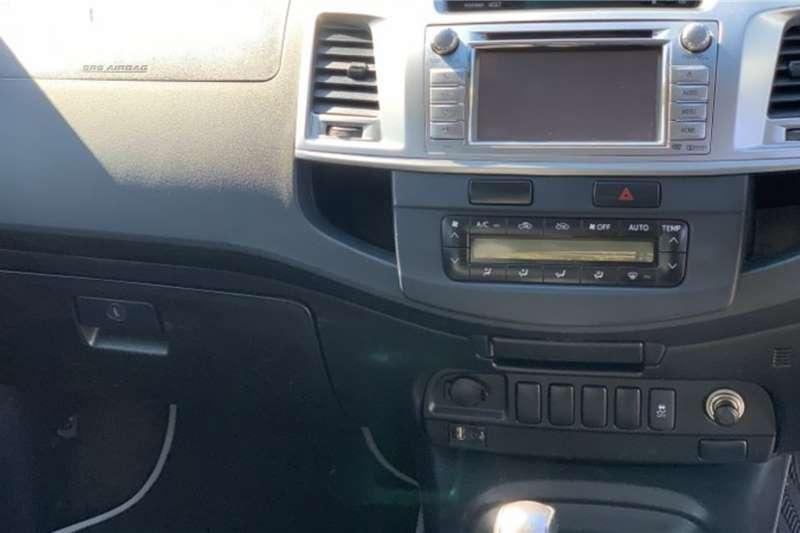 Toyota Hilux 3.0D-4D double cab Raider Legend 45 auto 2015