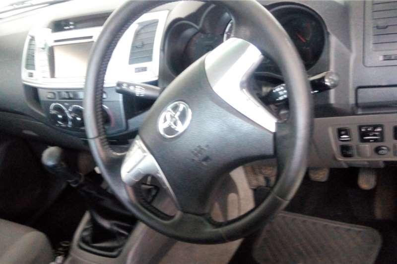 Toyota Hilux 3.0D 4D Legend 45 2014