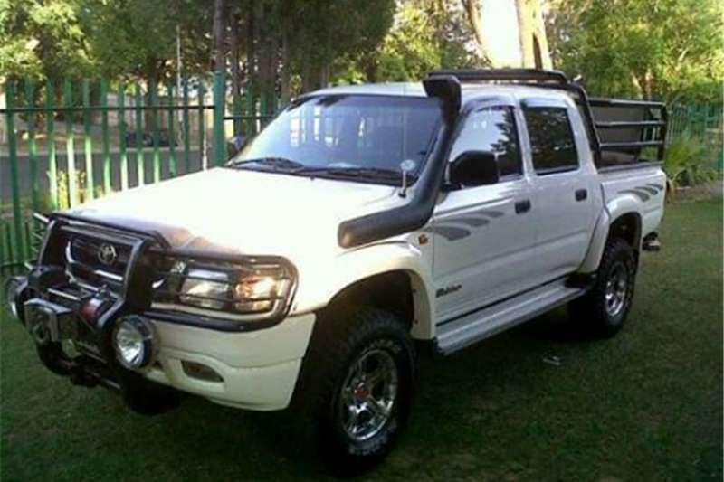 Toyota Hilux 3.0D 4D Raider 2003