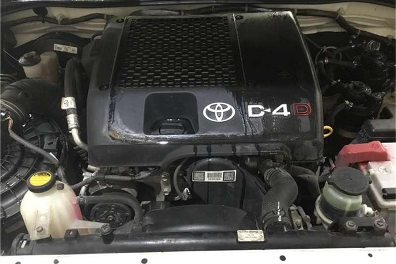 Toyota Hilux 3.0D-4D Raider 2012