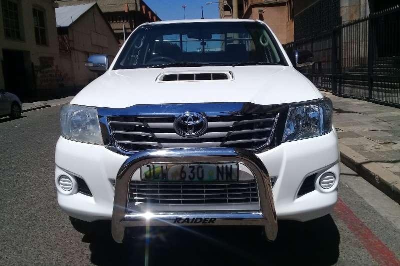 Toyota Hilux 3.0D 4D Raider 2015