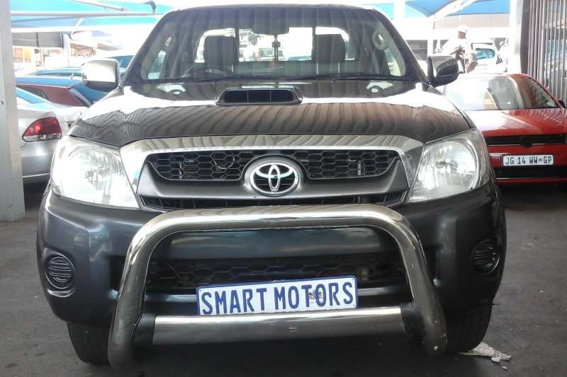 Toyota Hilux 3.0D 4D Raider Legend 40 2010