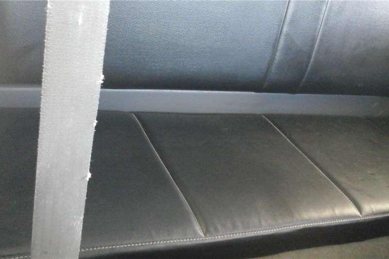 Toyota Hilux 3.0D 4D Xtra cab 4x4 Raider 2011