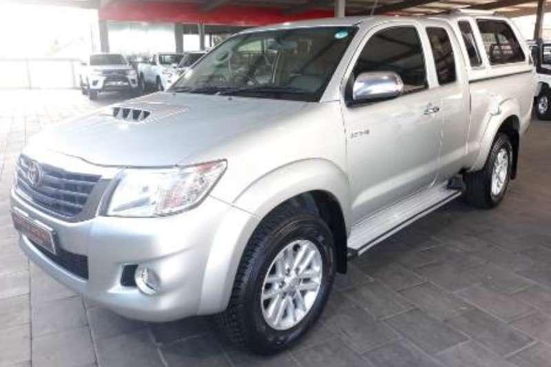 Toyota Hilux 3.0D-4D Xtra cab 4x4 Raider 2013