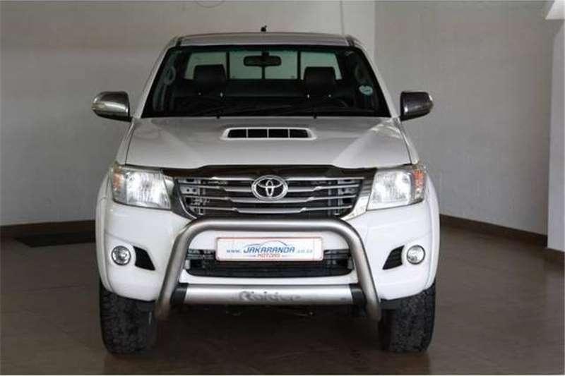 Toyota Hilux 3.0D-4D Xtra cab 4x4 Raider 2014