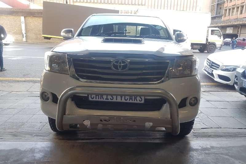 Toyota Hilux 3.0D 4D Xtra cab 4x4 Raider 2014
