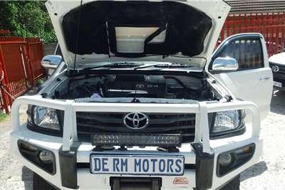 Toyota Hilux 3.0D 4D Xtra cab 4x4 Raider Dakar edition 2014
