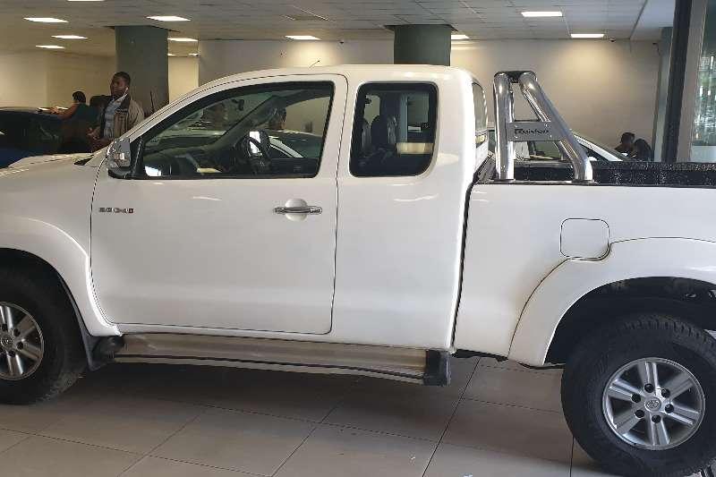 Toyota Hilux 3.0D 4D Xtra cab Raider 2013