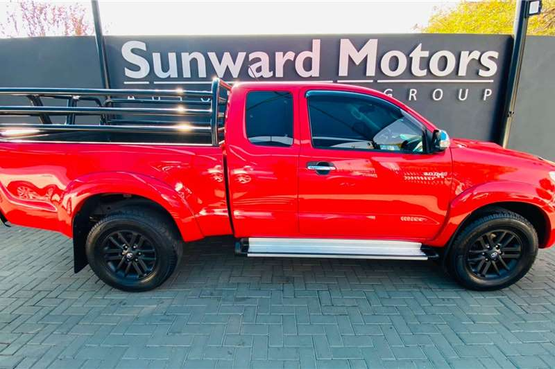 Used 2013 Toyota Hilux 3.0D 4D Xtra cab Raider